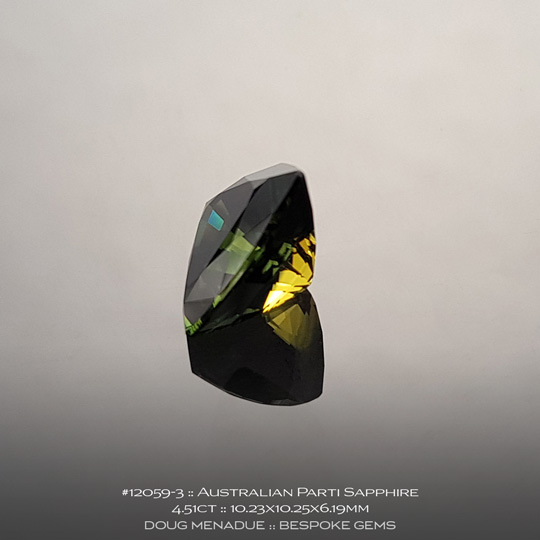 #12059-3, Australian Sapphire, Trillion, 4.51 Carats, 10.23X10.25X6.19mm, Parti Colour - Yellow Green Teal - A beautiful natural Australian Sapphire from the gemfields around Rubyvale, Central Queensland, Australia - Doug Menadue :: Bespoke Gems :: WWW.BESPOKE-GEMS.COM - Finest Quality Precision Custom Gemcutting and Lapidary Services Based In Sydney Australia