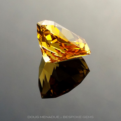 Golden Yellow Sapphire, Trillion, Willows, Rubyvale, Central Queensland, Australia, 4.40 Carats, 9.95X9.95X6.39mm, #12112-6, A beautiful natural Golden Yellow Sapphire from the Australian sapphire gemfields. Doug Menadue :: Bespoke Gems :: WWW.BESPOKE-GEMS.COM - Finest Precision Custom Gemcutting Based In Sydney Australia