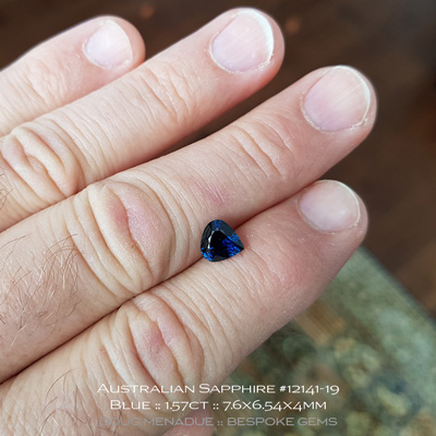 #12141-19, Australian Sapphire, Pear, 1.57 Carats, 7.6x6.54x4mm, Blue - A beautiful natural Australian Sapphire from the gemfields around Inverell, New England, NSW, Australia - Doug Menadue :: Bespoke Gems :: WWW.BESPOKE-GEMS.COM - Finest Quality Precision Custom Gemcutting and Lapidary Services Based In Sydney Australia