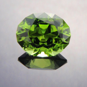 Peridot, Supernova, Pakistan, #391 - Doug Menadue :: Bespoke Gems - Master gemcutter and lapidary artist specialising in fine custom cut precision gems from a wide range of select facet gem rough. Located in Sydney, Australia.