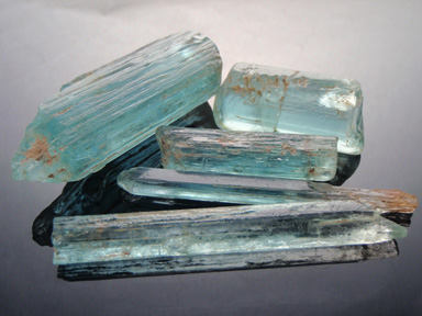 Aquamarine, O'Briens Creek, Australia - Doug Menadue :: Bespoke Gems